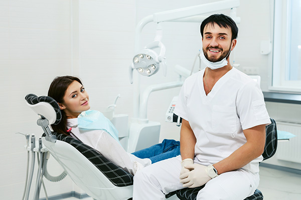 The Initial Consultation For Your Smile Makeover
